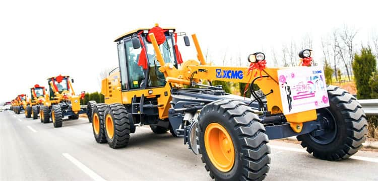 XCMG factory small road grader machine 180 HP GR1803 for sale