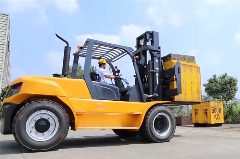 15 ton XCMG China big forklift FD150T price