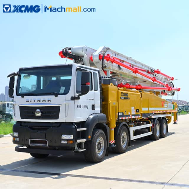 XCMG Official concrete pump machine price in Guinea with SITRAK chassis HB58V