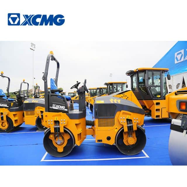 XCMG Official 4 Ton XMR403S Light Double Drum Vibratory Road Roller Price