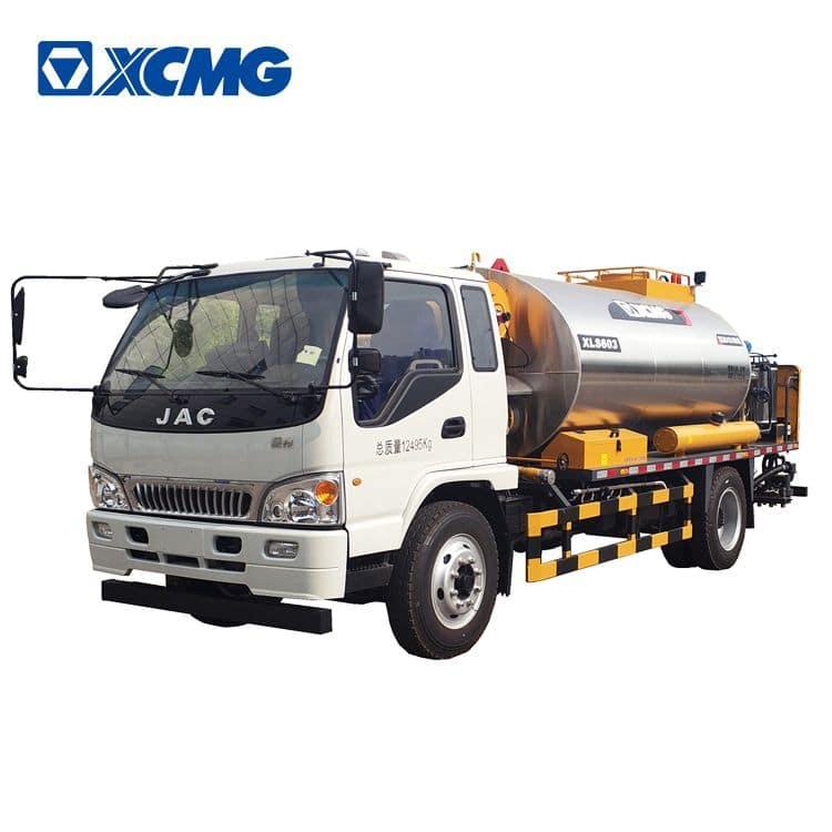XCMG 6m3 asphalt distributor XLS603 intelligent asphalt distributor trailer truck for sale