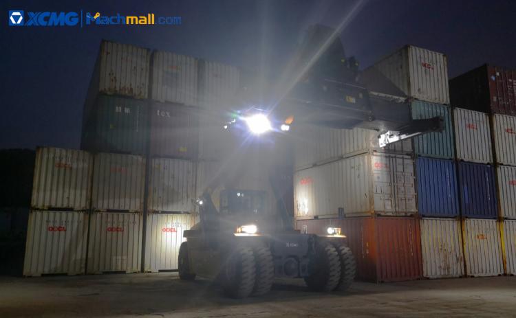 XCMG 45 ton container crane loader XCS4531K2 Machine Price