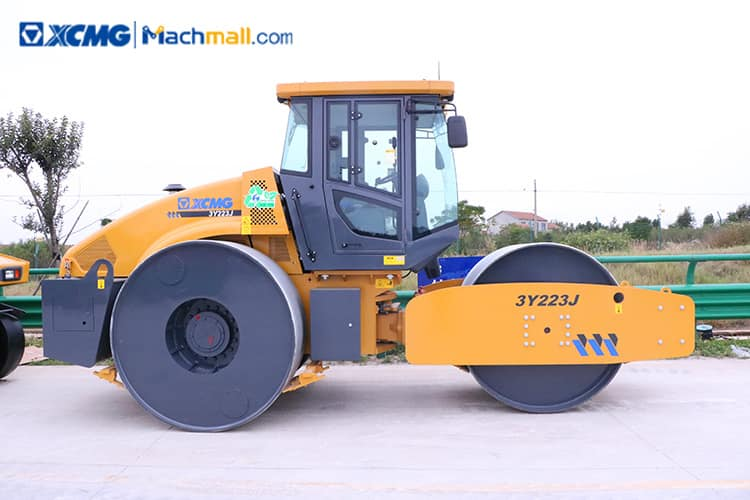 22 ton XCMG three wheeled road roller 3Y223J for sale