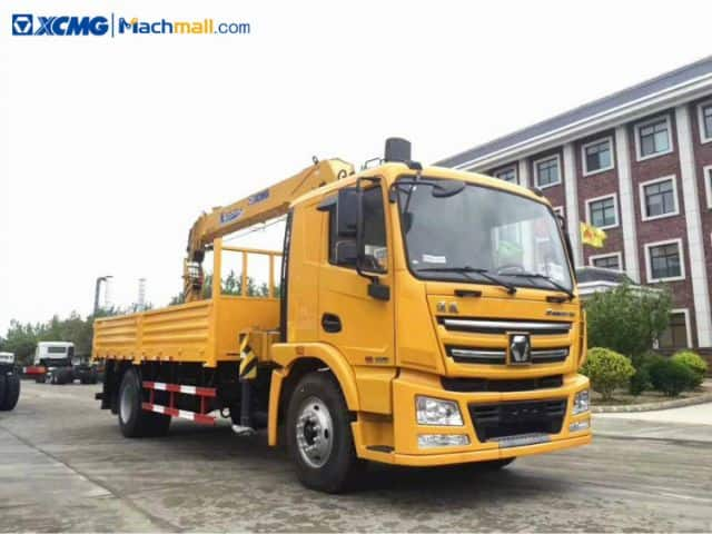 XCMG 5 ton small cranes for trucks price