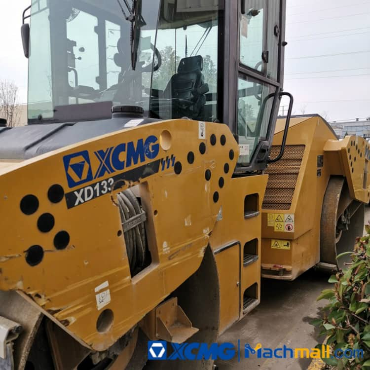 XCMG Used  Road Compactor 13ton XD133 2019 Vibratory Road Roller For Sale
