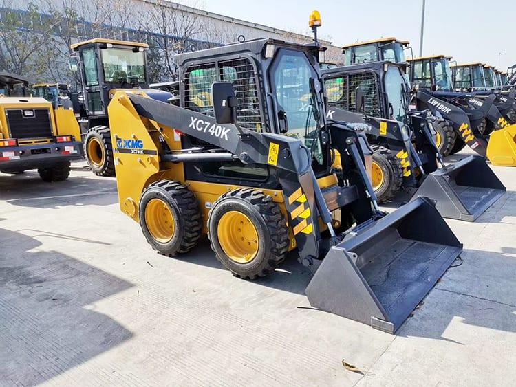 XCMG Official multifunctional mini skidsteer loaders XC740K 1 ton China new skid steer loader price