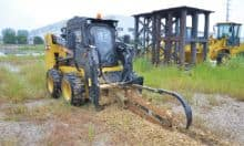 XCMG Official Multifunctional XC760K 1 ton Mini SkidSteer Loader With Attachments