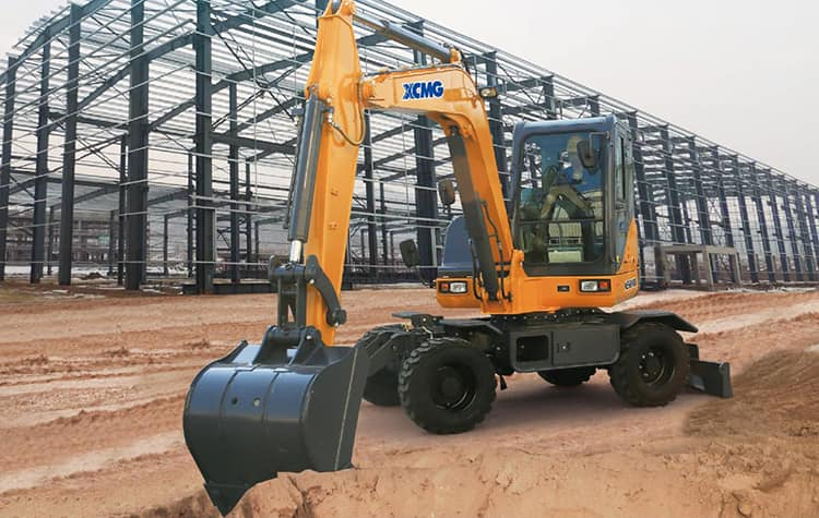 XCMG Official XE60WA 6 ton wheel excavator for sale