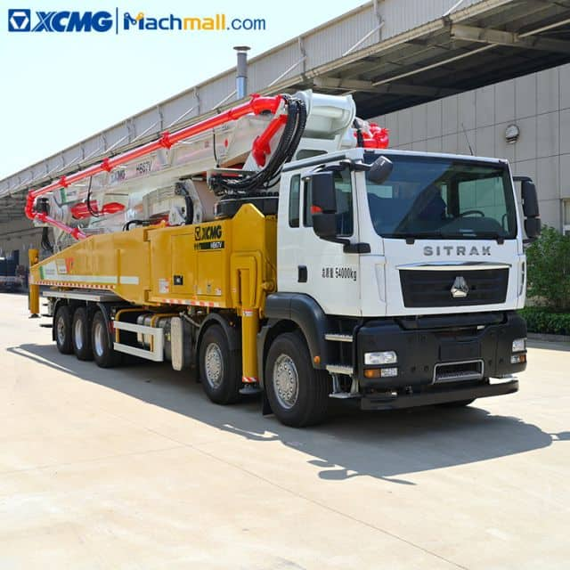 XCMG official concrete pump machine diesel with SITRAK chassis HB67V price