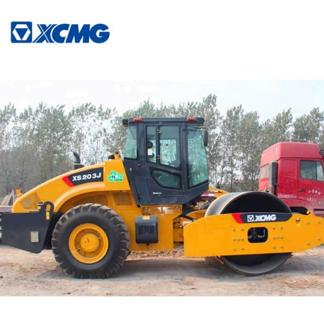 XCMG 20 ton XS203J self propelled vibratory road roller for sale