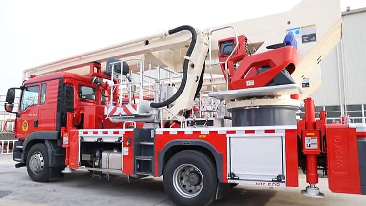 XCMG aerial platform fire truck DG32K3 China 32m fire fighting truck for sale