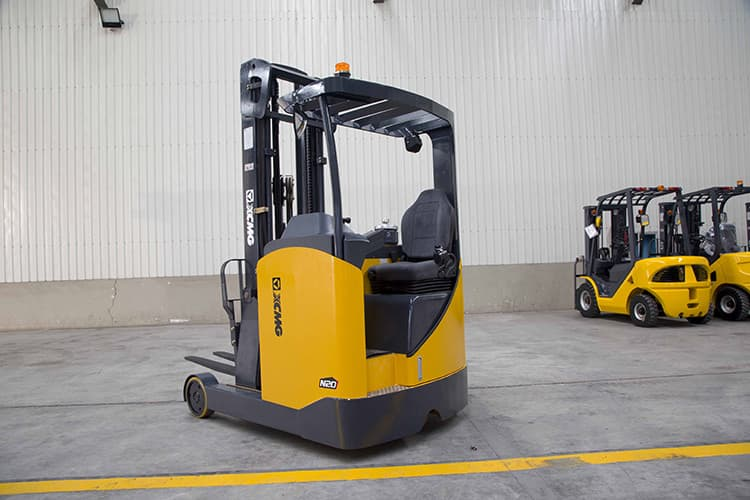 XCMG Electric Stacker Forklift 1.5 Ton Mini Hydraulic Stackers With 3 Stage 6m Mast FBRS16-AZ1 Price