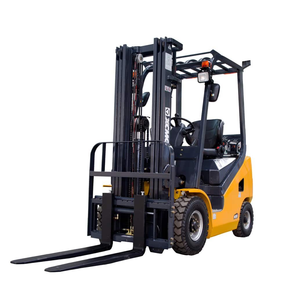 XCMG 1.5T Diesel Forklift FD15T Diesel Engine with Triplex Mast for sale