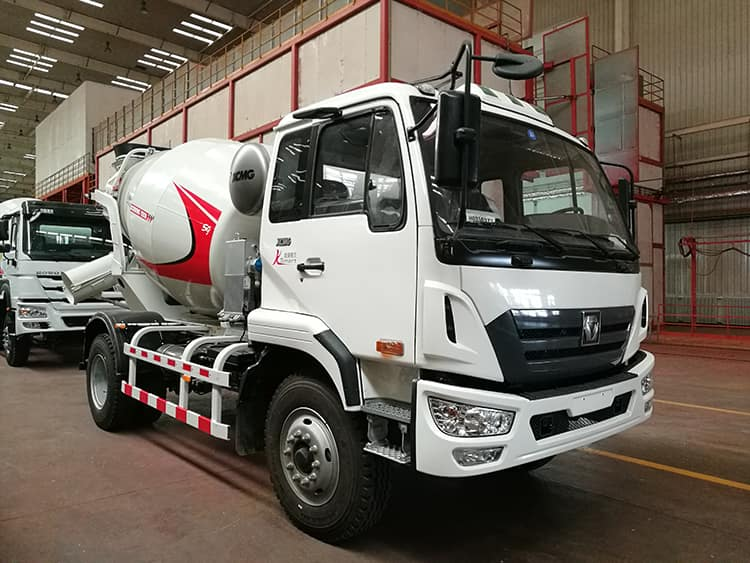 XCMG Official G04K Chinese 4m3 Mini Ready Mix Concrete Trucks for Sale