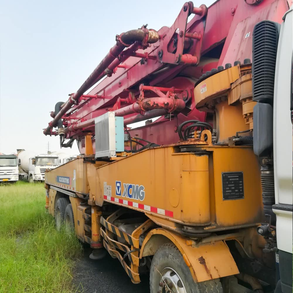 XCMG Used HB46A-B20110136 Truck-Mounted Concreted Boom Pumps for sale