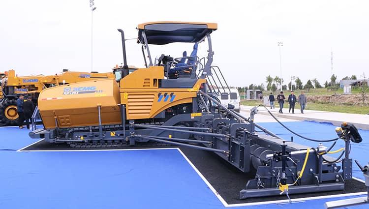 XCMG asphalt machinery RP1253 paving road machine paver