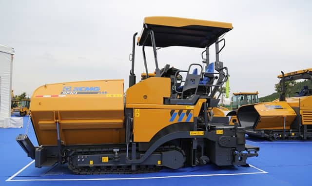 XCMG 0.8m mini hydraulic crawler asphalt road paver RP403 price