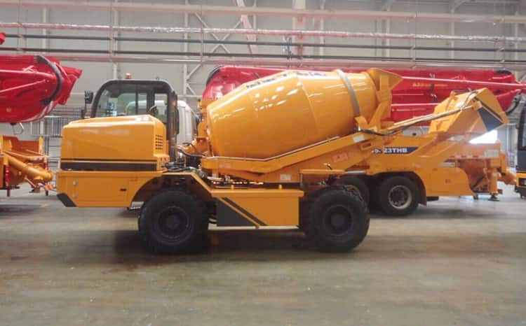 XCMG Manufacturer SLM4 3.5m3 Mobile Self Loading Concrete Mixer with Pump