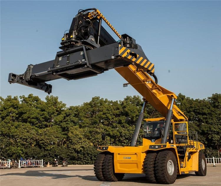 XCMG official container crane XCS45U China new 45t port container lifting crane for sale