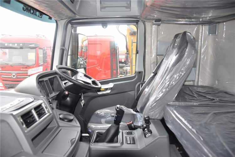 XCMG Official 375hp Tractor Trucks Mini 4*2 35 Ton Head Trailer Truck NXG4250D3WA For Sale