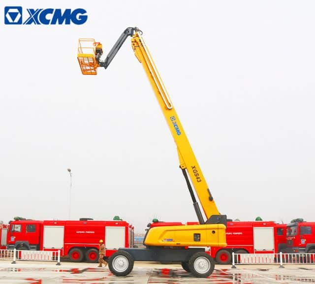 XCNG Manufacturer Electric Telescopic Lifting XGS43 China 43m Self-propelled Aerial Telescopic Llift
