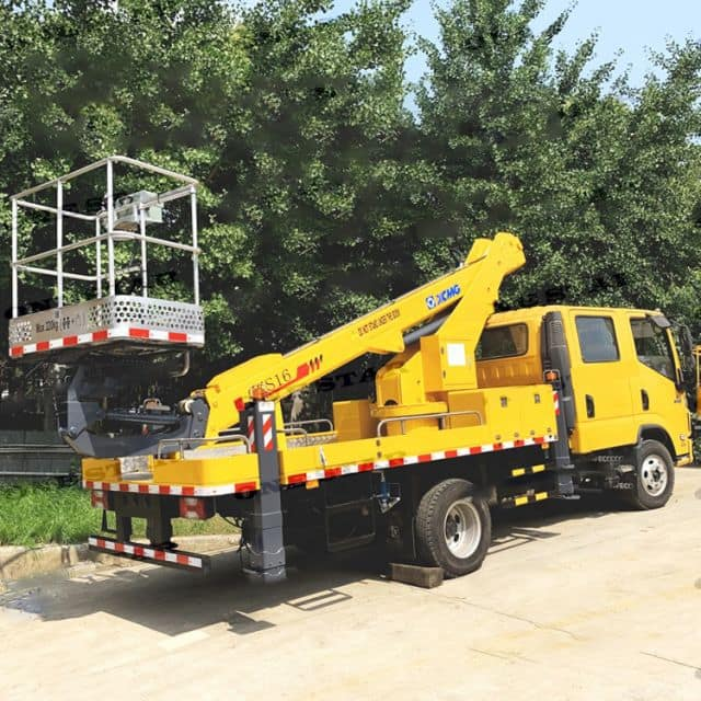 XCMG aerial folding boom lifting table truck 14m XGS5066JGKJ6 price