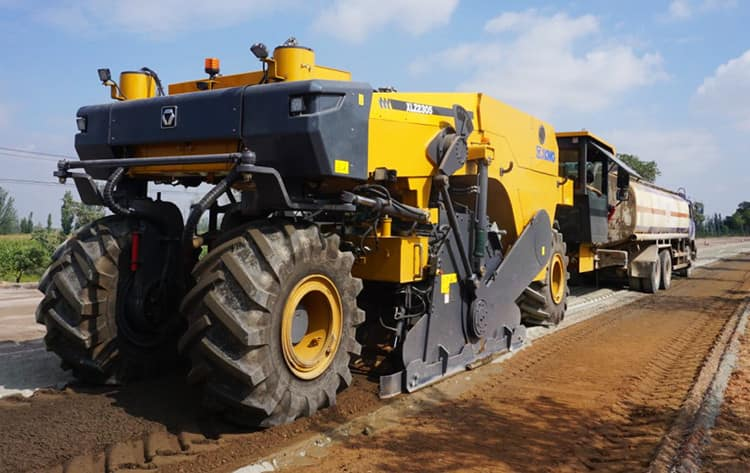 XCMG Road Construction Machinery 2.3 Meter Road Reclaimers Cold Recycler XLZ2303K For Sale