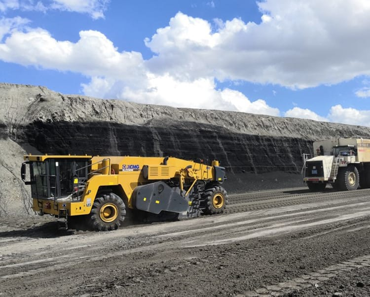 XCMG Cold Asphalt Recycler Road Construction Equipment Machinery Reclaimers XLZ2305K For Sale