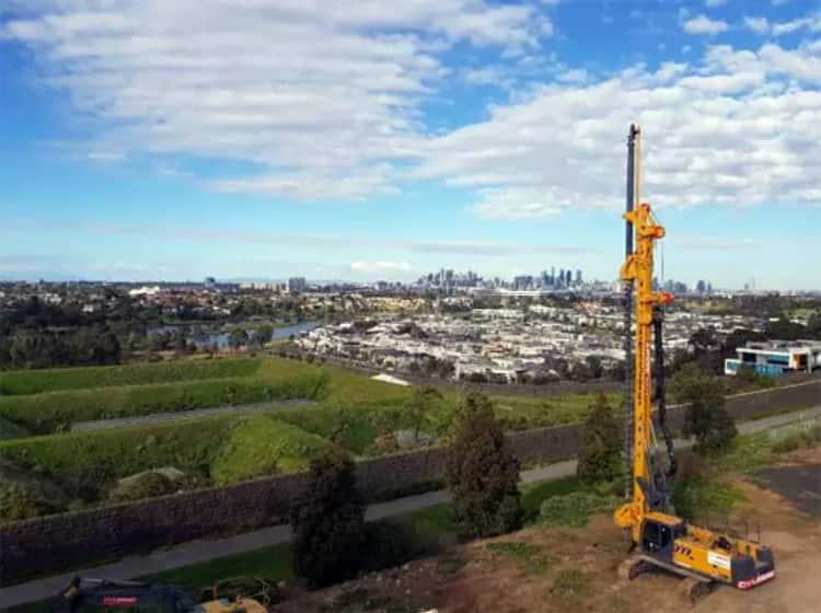 XCMG 45 ton mini drill rig machine XR130E for sale