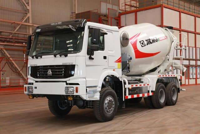 XCMG Professional Design Self Loading Concrete Mixer Truck XSC4313 Concrete Truck Mixer For Sale