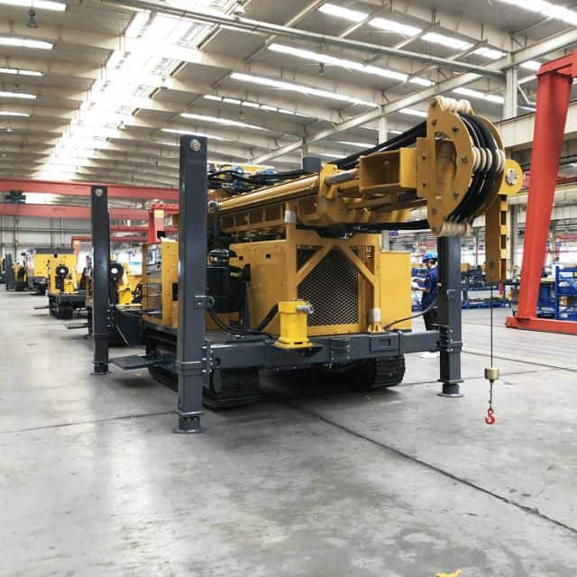 XCMG official 600m truck mounted deep water well drilling rig XSL6/320 for sale