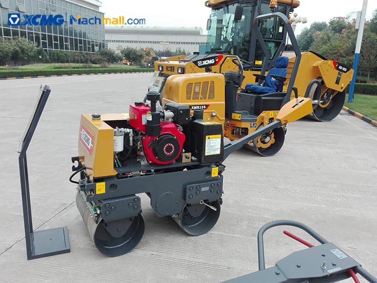 1 ton XCMG mini road roller compactor XMR153 price