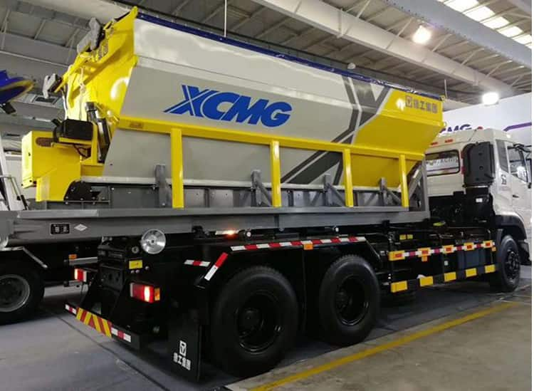 XCMG snow melting machine 1 - 30 cubic meter snow removal truck for sale