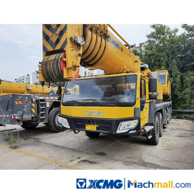 XCMG Used 130t Truck Crane Machinery QY130K For Sale