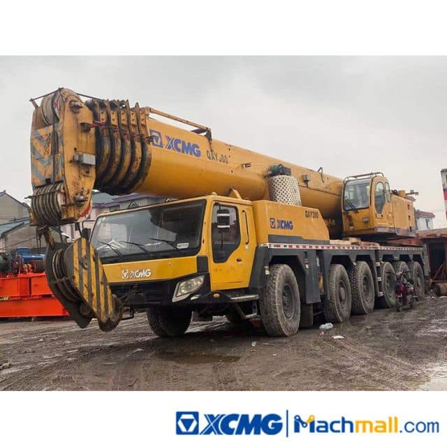 XCMG Used 200t QAY200 Truck Crane Machinery For Sale
