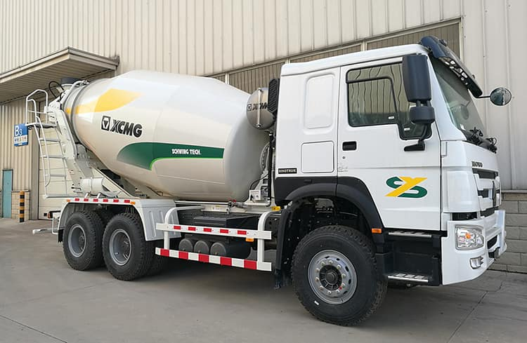 XCMG Manufacturer G12K China Mobile Concrete Mixer Machine Truck with Good Price