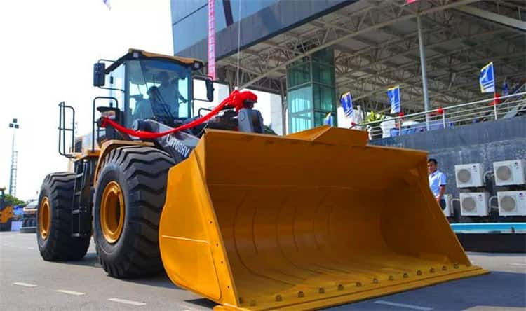 China XCMG 7 ton Hydraulic Wheel Loader LW700HV with Factory Price