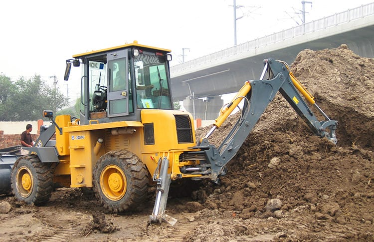 XCMG XC870HK 2 ton small chinese backhoe loaders price