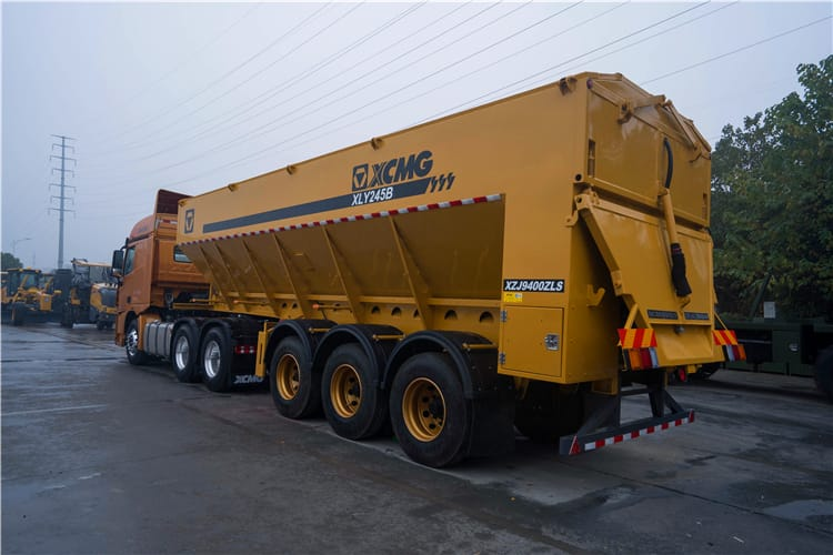 XCMG official manufacturer insulated transport vehicle road construction machinery XLY245B for sale