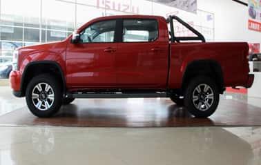 Huanghai Pick Up N7-S75 Gasoline MT 4WD Sport